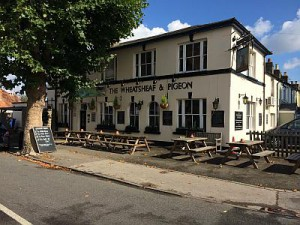 Wheatsheaf and Pigeon Staines www riverthames co uk